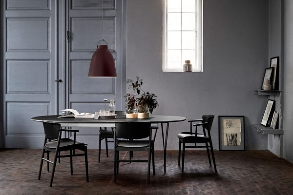 Fritz Hansen – Tisch Super Elliptical