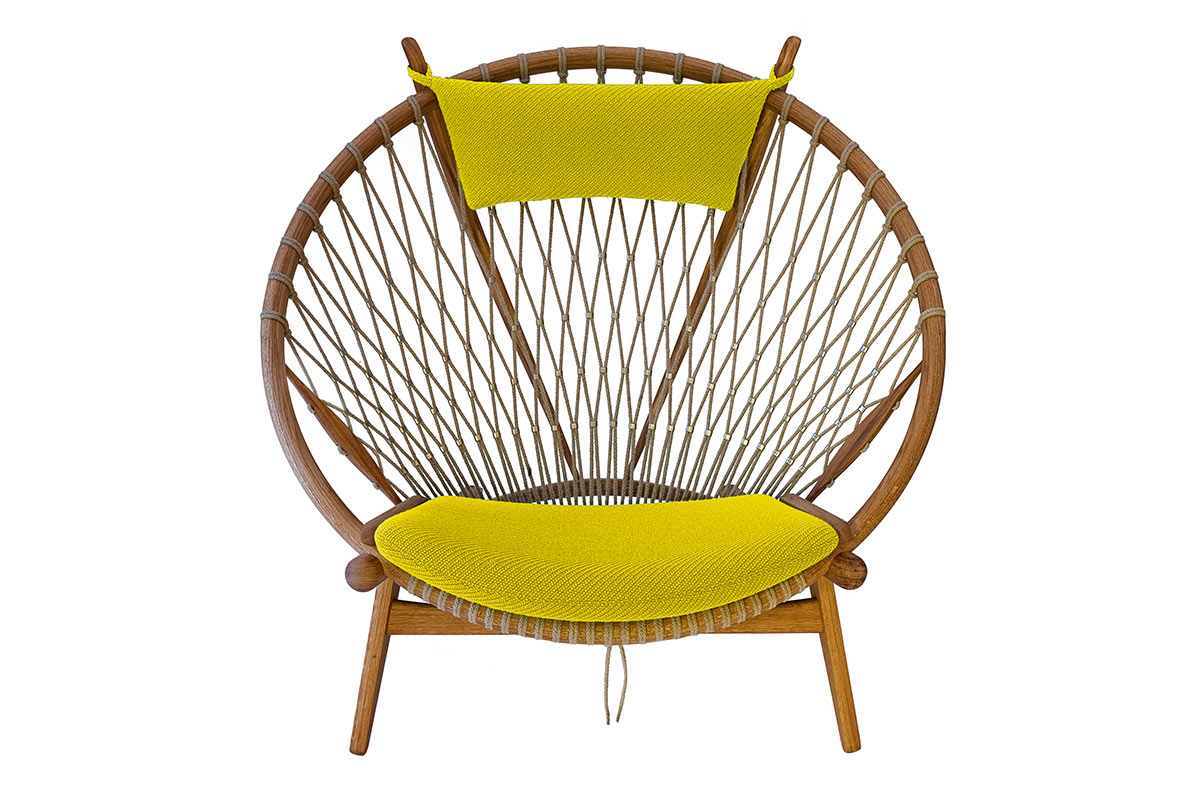 PP130 The Circle Chair