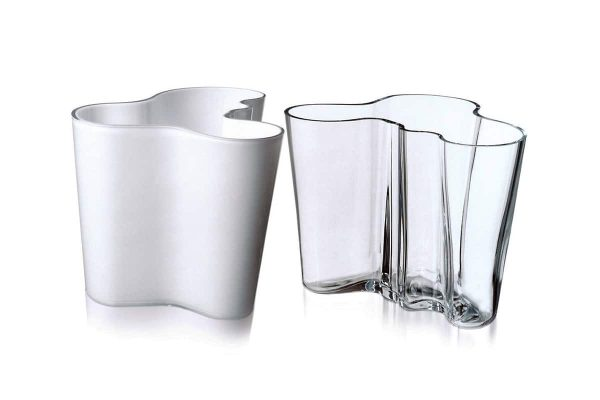 Iittala – Alvar Aalto Vase Klar und Opalweiß