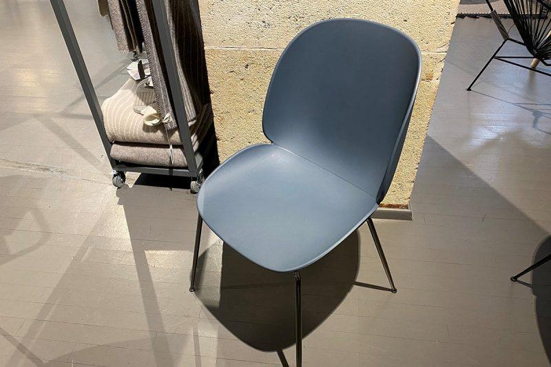 Beetle Stuhl Blau
