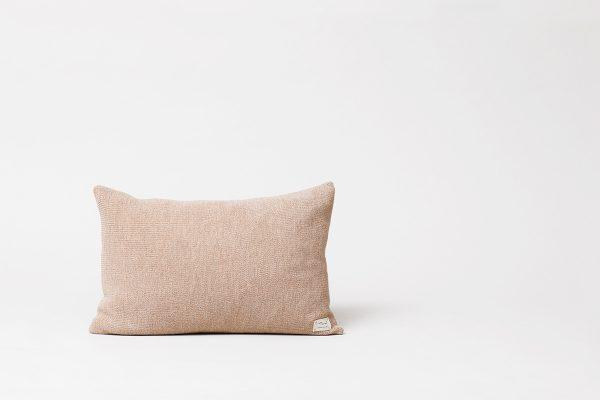 Form & Refine – Kissen Aymara Rib Light Brown
