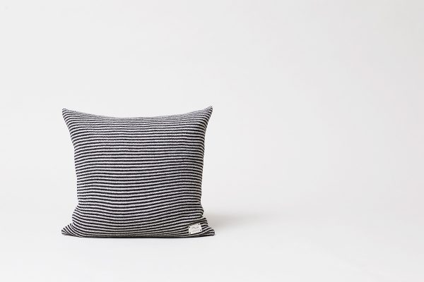 Form & Refine – Kissen Aymara Rib Stripes