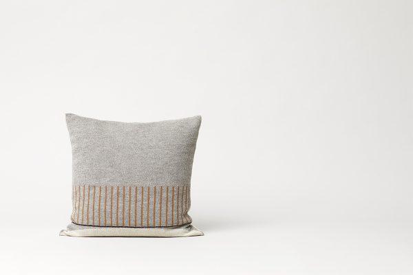 Form & Refine – Kissen Aymara Pattern Grey