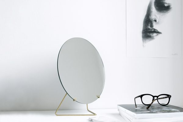 MOEBE – Tischspiegel
